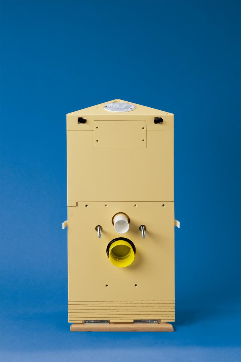 Eck-WC-Stein 83 cm hoch, Betätigung von oben